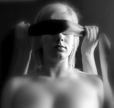woman-218764_1280